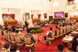 Presiden Ajak Gubernur Manfaatkan Momentum Ekonomi Nasional