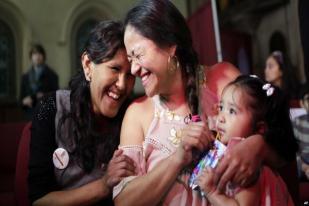 Makin Banyak Imigran Ilegal Berlindung di Gereja-gereja AS