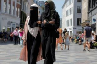 Eropa Barat Ingin Batasi Busana Muslimah di Tempat Umum