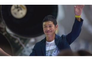 CEO Perusahaan Jepang Jadi Penumpang SpaceX ke Bulan