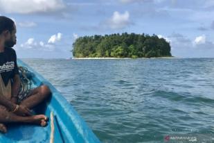 Masyarakat Adat Moi Kelim Sukses Jaga Laut dengan Egek