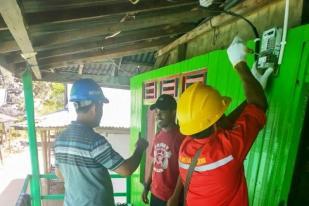 Dusun Terpencil di Pulau Sumbawa Nikmati Sambungan Listrik