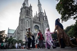 Jakarta Pastikan Buka Tempat Ibadah Saat PSBB Transisi