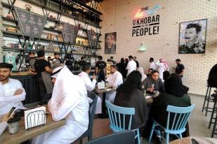 Pintu Restoran di Arab Saudi Tidak Lagi Dipisah Berdasar Gender