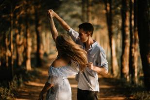 Ungkapan Perasaan Cinta Bantu Kurangi Stres