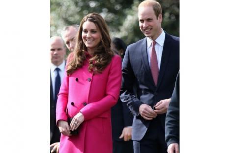 Foto-foto Kate Middleton Sapa Publik Jelang Kelahiran Anak Kedua