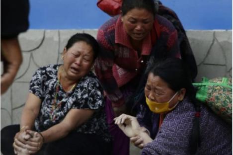 Korban Meninggal Gempa Nepal Sudah Capai 3.700