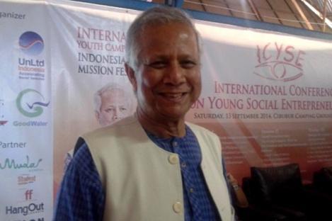 Muhammad Yunus: Kaum Miskin Jadi Guru Saya