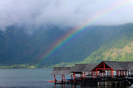 Raih Penghargaan Pulau Terbaik, Bali Harus Benahi Destinasi