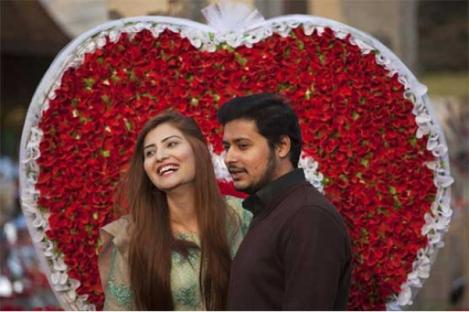 Islamabad Izinkan Perayaan Valentine, Abaikan Larangan Presiden Pakistan