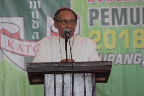Uskup Agung Kupang Minta Pemuda Katolik Rawat Toleransi