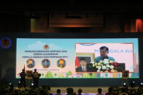 Surabaya Menjadi Penerima Penghargaan Tertinggi Adipura