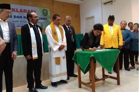Tokoh Agama Kota Bekasi Deklarasi Anti Hoax dan Radikalisme