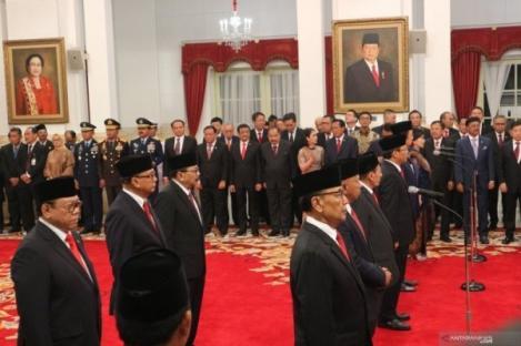 Jokowi Lantik Sembilan Wantimpres, Wiranto Jabat Ketua