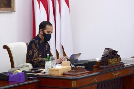 Presiden: Prioritas Penanganan COVID-19 di 12 Kabupaten/Kota
