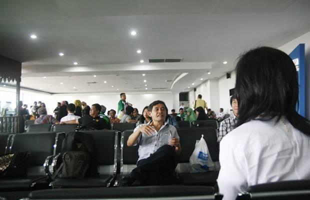 Penerbangan Komersial di Bandara Halim Perdanakusuma Mundur dari Jadwal