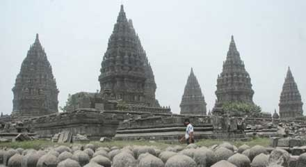 Satu Harapan Taman Wisata Candi Borobudur Prambanan Dibuka Kembali