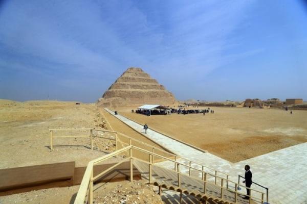 Mesir Resmikan Piramida Bertingkat Usai Direstorasi