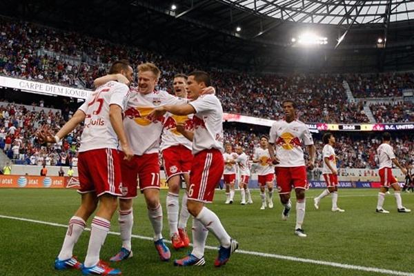 Prediksi Skor Bola Red Bulls vs Benfica 28 Juli 2015