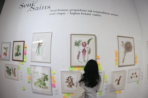 """Pameran Seni Botani """"Ragam Flora Indonesia"""" di Bale Banjar Sangkring"""