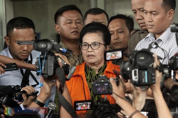 Ditangkap KPK, Siti Fadilah Merasa Tak Bersalah