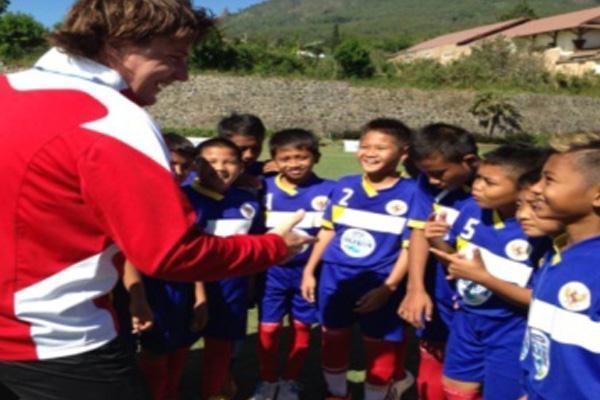 Tim Sepakbola Anak AQUA DNC Indonesia Bersiap Menghadapi Final