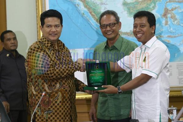 Ketua Ppp Ditangkap Gallery: Satu Harapan: Romahurmuziy Datangi KPU Bahas Legalitas Partai