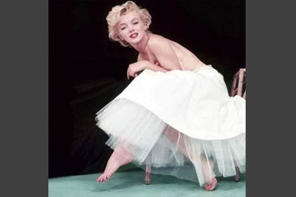 Citaten Marilyn Monroe Itu : Satu harapan foto langka marilyn monroe dipamerkan di