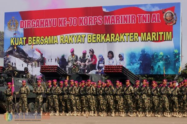 Satu Harapan: Aksi Prajurit Ramaikan Peringatan HUT ke-70 Korps Marinir