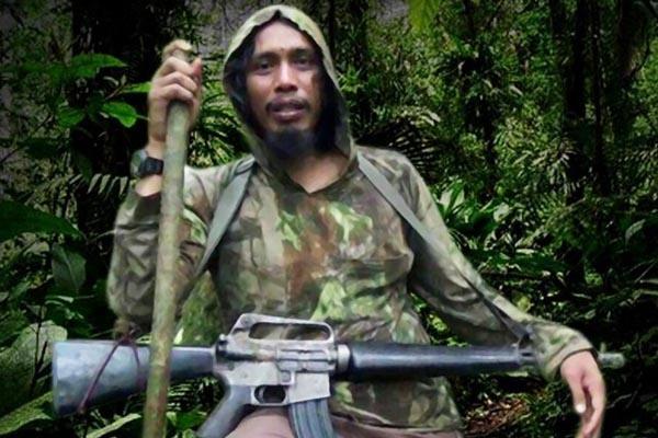 Teroris Gallery: Satu Harapan: Jumlah Anggota Jaringan Santoso Kini 25 Orang