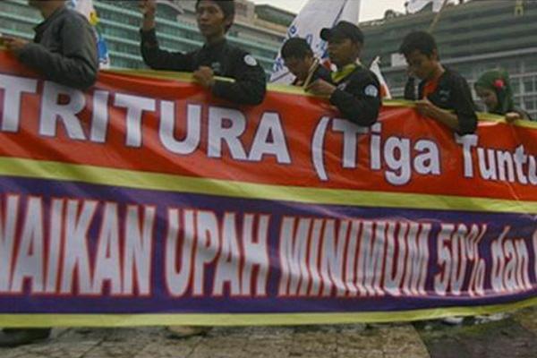 Tiga Tuntutan Rakyat Yang Diusung Buruh Pada Demo Lalu Buruh
