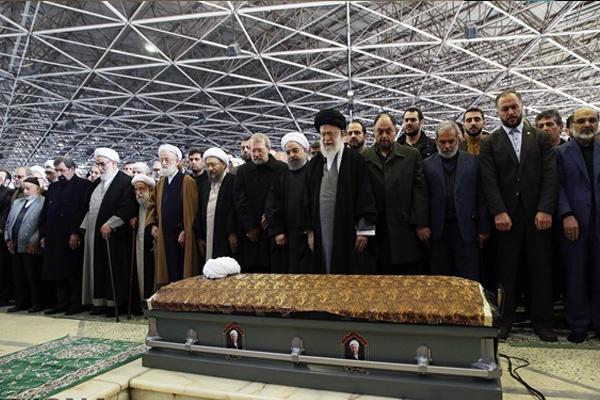 Warga Iran Banjiri Acara Pemakaman Rafsanjani