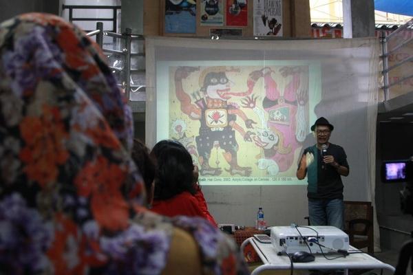Diskusi 'Reading the Personal Code of Heri Dono' di Studio Kalahan
