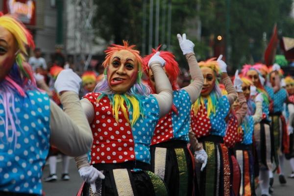 Festival Kesenian Yogyakarta: Umbar Mak Byarr