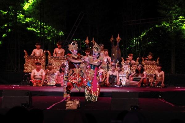 Curahan Hati Panitia Menutup Festival Kesenian Yogyakarta