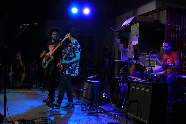 Blues Forum, Kritik Musik, dan Blues Berbahasa Indonesia