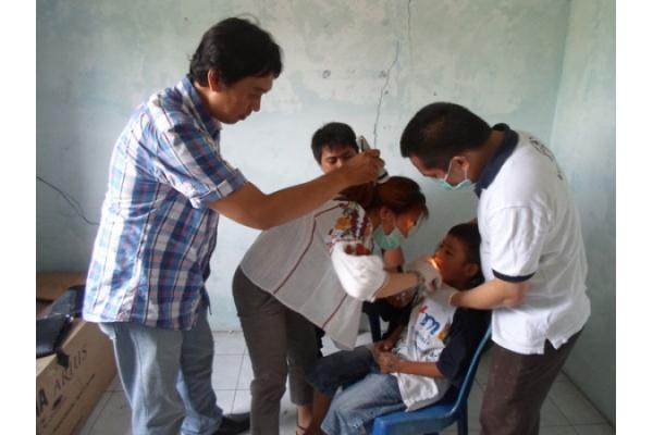 PKM GKI Cawang Pelayanan Pengobatan Gratis di Jati Tonjong