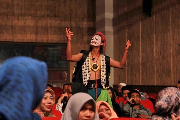 "Drama Tari Wayang ""Opera Semar Badranaya"""