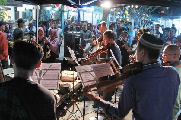 Sumrambah String Orchestra Awali Ruwahan Apeman Malioboro
