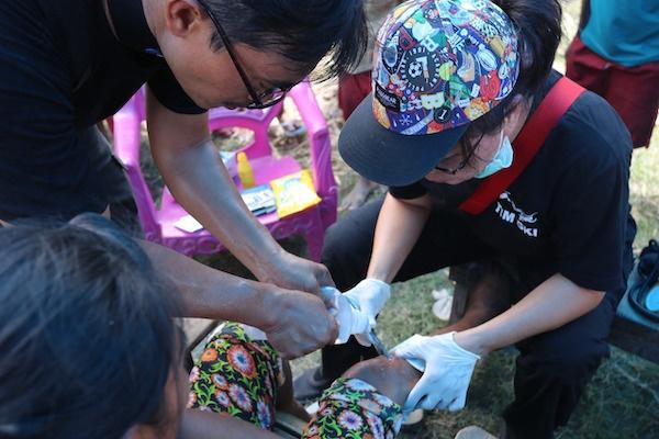 Tim GKI di Palu: Desa Rogo Bersyukur Dapat Genset