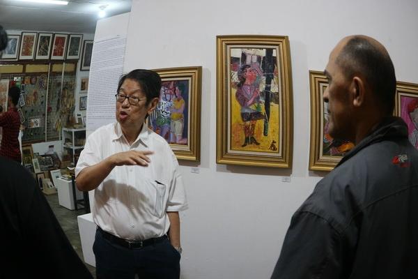"Deformasi Pastel Wahyu Gunawan dalam ""Unfinished Comedy"""