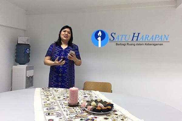 Satuharapan.com Kebaktian Syukur Buka Kantor Baru