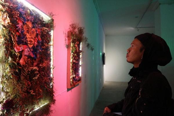 "Galeri RJ Katamsi Gelar Pameran Seni Media ""#On What!?"""