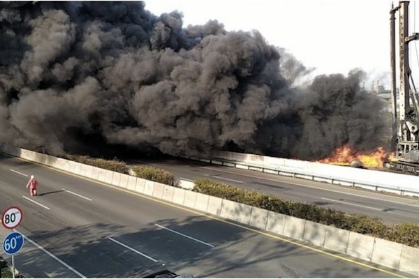 Kebakaran Pipa BBM di Padalarang