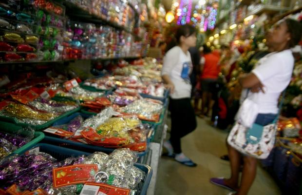 Squishy Di Pasar Asemka : Satu Harapan: Pernak Pernik Hiasan Natal Ramai di Pasar Pagi Asemka