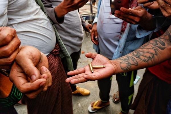 Myanmar: Seorang Demonstran Tewas Ditembak Polisi